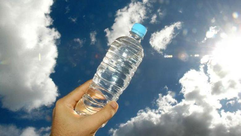 """Setiap Orang """"Bisa Mensugesti"""" Air Menjadi Mujarab Jika Sudah Memahami Hal Yang Satu ini"""