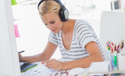 Sugesti Musik ternyata Bikin Kamu Makin Produktif Lho