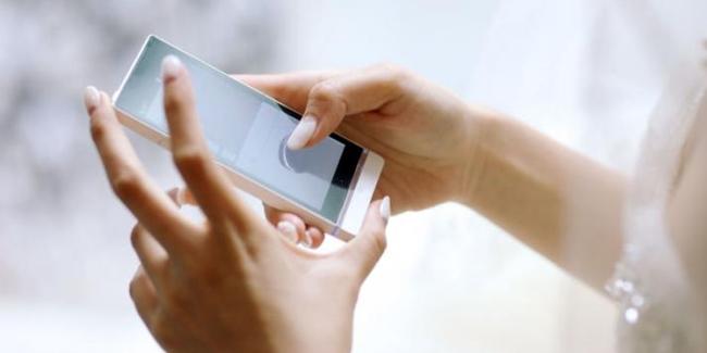 beberapa sugesti yang ampuh saat Bermain Ponsel agar Mata sehat