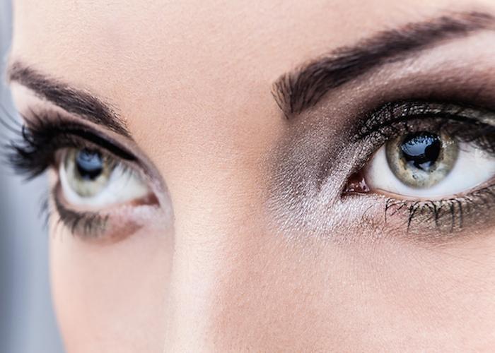 Inilah Sugesti yang Ampuh Saat Bermain Ponsel agar Mata tetap sehat