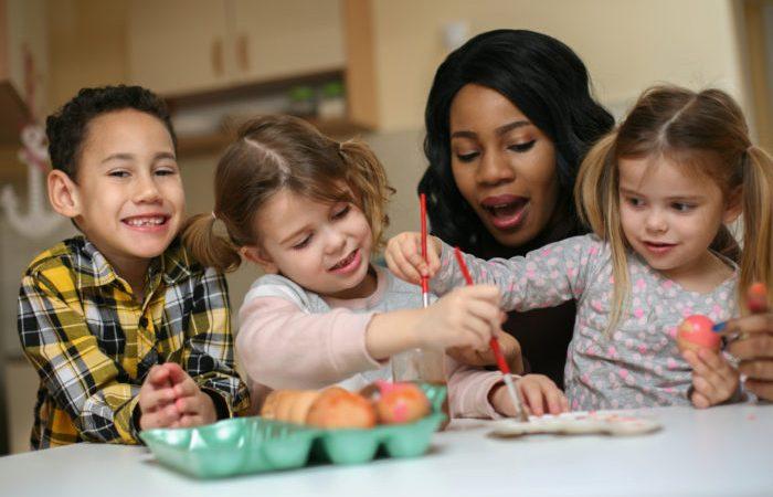 Wajib Lakukan Trik Ini, Saat Si Kecil Enggan Mendengarkan Orangtua