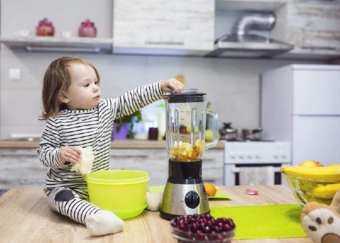 Jangan Ditiru ! Cara Ibu Ini Agar Anaknya Tak Curi Makanan Teryata berisi Sugesti Negatif