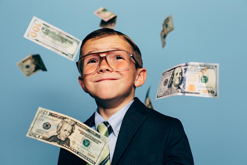3 Alasan Kenapa Sugesti Kekayaan itu Penting diberikan kepada Anak