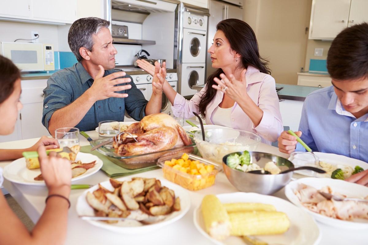 Jangan Emosi! Lakukan Cara Ini Untuk Menghadapi Toxic dalam Keluarga